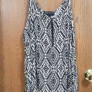 🌼 Forever 21 stretchy sleeveless top